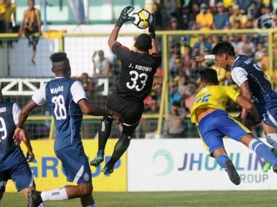 Arema FC Tundukkan Barito Putera