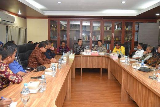 Sambangi DPR, Anggota DPRD Riau: 30 Persen Dana Migas Lari ke APBN, Jangan Anak Tirikan Provinsi Kami
