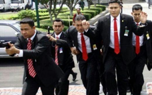 Dua Anggota Paspampres Dikeroyok dan Ditusuk Pakai Obeng Berkali-kali