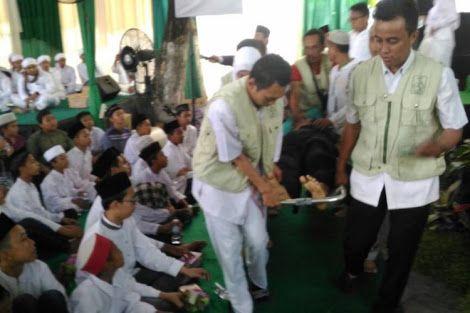 Menteri Khofifah Yakin Ustaz Jakfar Khusnul Khatimah