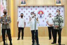 Rakor Izin Kompetisi Liga 1 dan 2, Amali Tegaskan Kesehatan Masyarakat Tetap Diutamakan