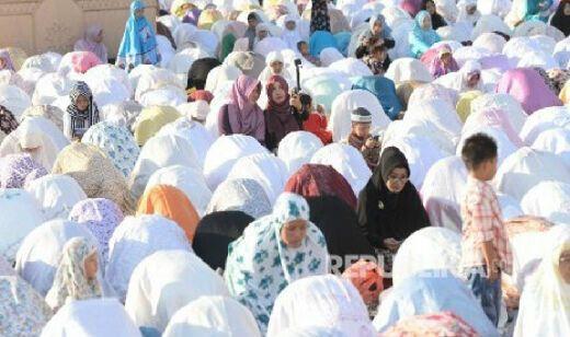 Uskup Agung Semarang Hadiri Shalat Idul Fitri di Masjid Agung Jawa Tengah