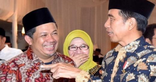 Fahri Hamzah Minta Jokowi Libatkan Maruf untuk Lawan Corona
