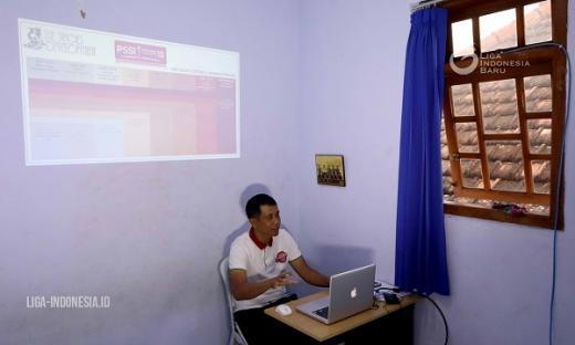 Joko Susilo Terus Edukasi Pengembangan Sepakbola Usia Dini