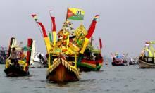 Parade Kapal di Festival Sungai Carang, Perkuat Sail Karimata 2016