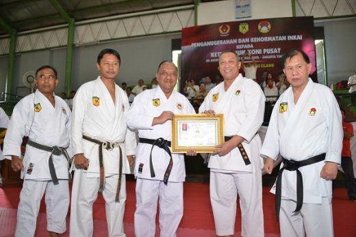 Marciano Norman Sandang Sabuk Hitam Dan Kehormatan Inkai