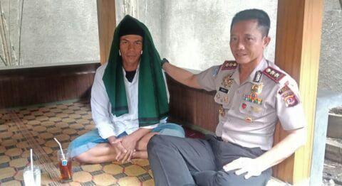 Banser Dibebaskan, Polisi Justeru Tangkap Uus, Pria yang Bawa Bendera Tauhid Saat Hari Santri