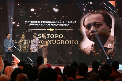 Pengabdian Tanpa Batas dari Pejuang Kanker, Sutopo Diganjar Penghargaan Khusus di Liputan6 Award 2019