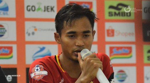 Cetak Gol Perdana, Rosad Bersyukur
