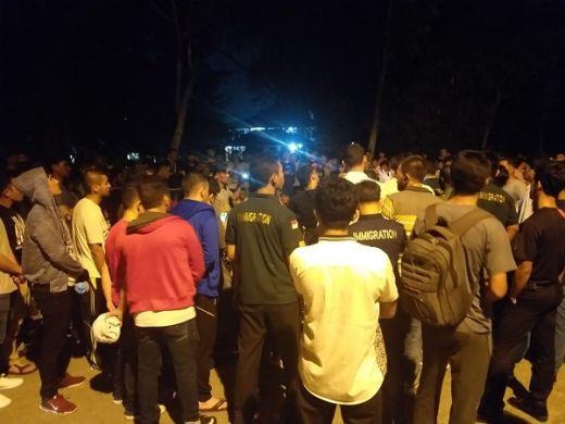 Enam Orang Ditahan karena Tak Izin Pergi ke Mall, Jadi Penyebab Ratusan Imigran Geruduk Kantor Rudenim Pekanbaru