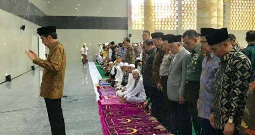 Jokowi Jadi Imam Salat, Begini Kata Din Syamsudin
