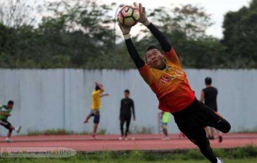 Awan Seto Siap Amankan Gawang BFC Saat Hadapi Borneo