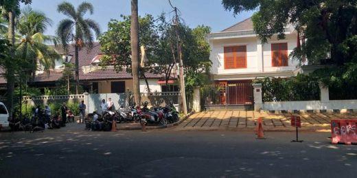 Begini Suasana Rumah Prabowo Jelang Nobar Bersama Sandi dan Koalisi di Kertanegara