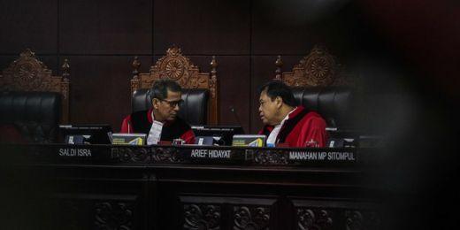 Hakim MK Aswanto: Kebebasan Pers Diawasi Lembaga Dewan Pers, Dalil Permohonan Tim Hukum Paslon 02 Tidak Relevan