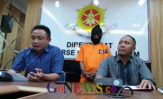 Ini Alasan Us Nekat Pukul Kepala Istri Sirinya di Marpoyan Pekanbaru dengan Balok Lalu Cekik Hingga Tewas