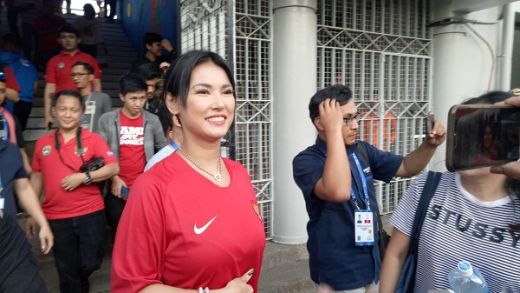 Agnez Mo Dihujat dan Miyabi Muncul Sebagai Pendukung Indonesia