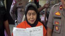 Nenek Penipu di Makassar Mengaku Simpan Duit Gaib Belasan Miliar