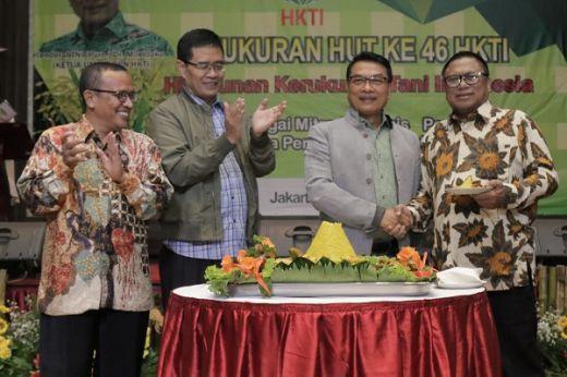 HUT ke 46 HKTI, Oesman Sapta: Petani Indonesia harus Kaya seperti di Brazil