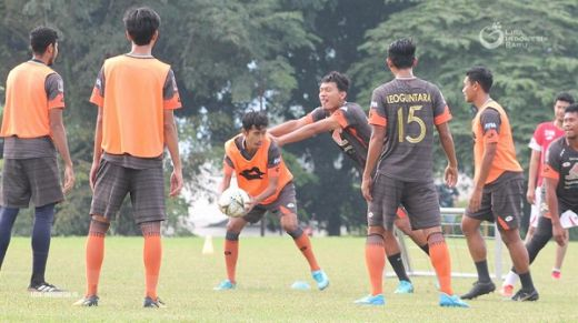 Semen Padang Fokus Latihan Recovery
