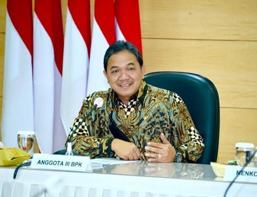 ini Tanggapan Achsanul Qosasi Soal Garuda Indonesia Kesulitan Keuangan