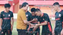 Kehadiran Presiden Madura United FC Membakar Semangat Skuad Muda