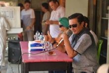 Bertemu Rakyat di Kedai Kopi, Fadel Muhammad Respon Curhatan soal Ekonomi