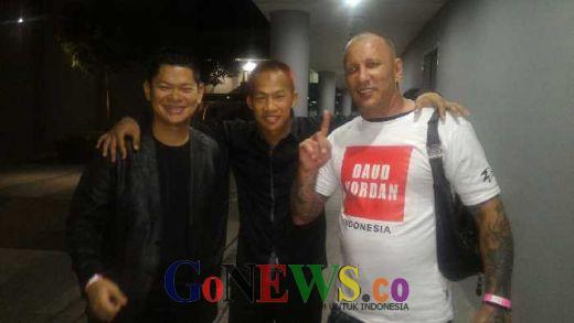 Okto Sedang Rancang Daud Hadapi Juara Dunia WBA