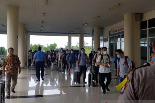 Tantang Polri Halau Kedatangan 500 TKA China ke Sultra, IPW: Jangan Cuma Berani Halau Pemudik