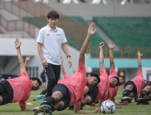 Iwan Bule Ungkap Alasan Tolak Keinginan Shin Tae-yong Gelar TC di Korea Selatan