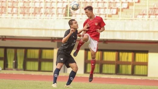 Timnas U 16 Indonesia Imbang Tanpa Gol Lawan Bina Taruna