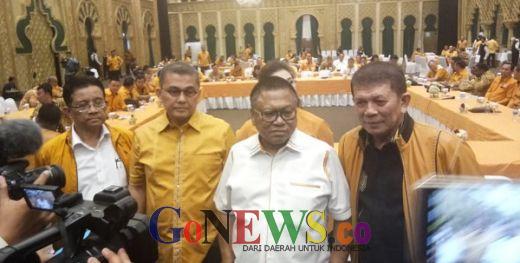 Bantah Hanura Tak Solid Dukung Jokowi, OSO: Hoax Itu