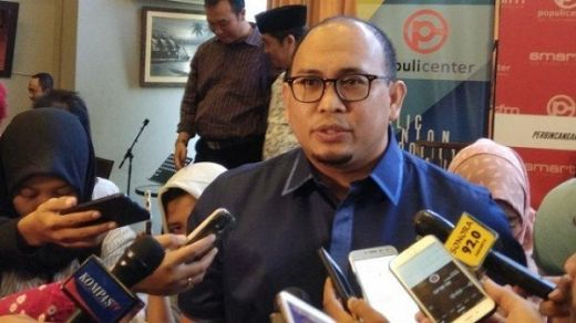 Tuding Korban Banjir Sulsel Bersandiwara, Kubu Prabowo Minta Hasto Tobat & Minta Maaf