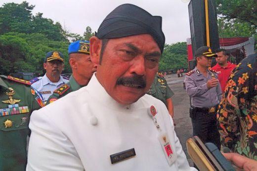 Tak Mau Bebani Petugas Jaga, Walikota Solo Bolehkan ASN Mudik Pakai Mobil Dinas