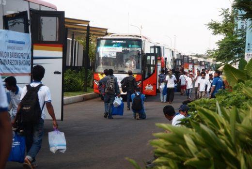 Pesawat Mahal dan Enggan Manja dengan Pemprov Riau, Warga Kampar Jakarta Pulang Basamo Naik Bus