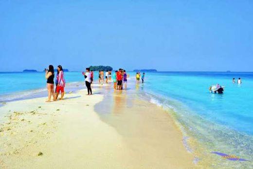 Nggak Mudik? Pulau Seribu Jakarta Juga Oke Kok