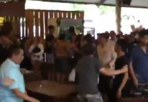 Konyol...! Gara-gara Rebutan Meja, Pengunjung Restoran di Bandung Berkelahi Masal