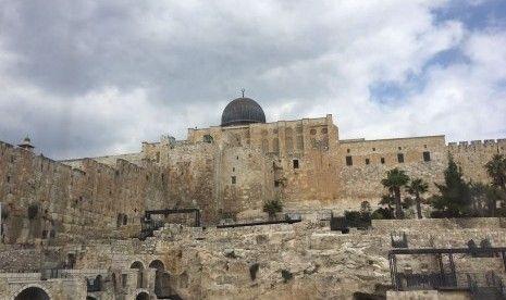 Israel Larang Umat Islam Shalat di Masjid Al-Aqsha