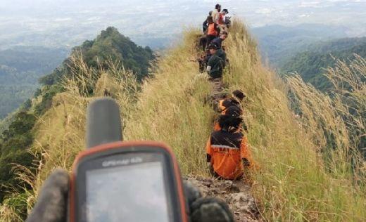 Hari ke-7 Operasi SAR di Bukit Piramid, Thoriq Belum Ditemukan