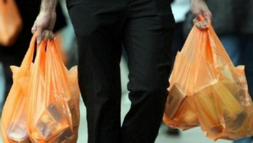 Mulai Besok, Kantong Plastik Sekali Pakai Dilarang di Jakarta