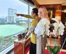 Ngevlog Bareng Jesica Iskandar, Bamsoet Sosialisasikan Empat Pilar MPR RI