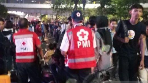 Evakuasi Korban Demo DPR, PMI Kerahkan Ambulans dan Tim Medis