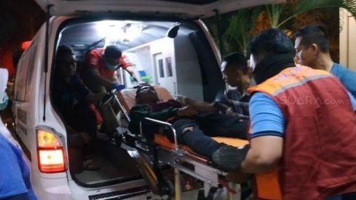 Hilir Mudik, Puluhan Ambulans Antar Korban Demo Rusuh DPR ke RS Mintohardjo