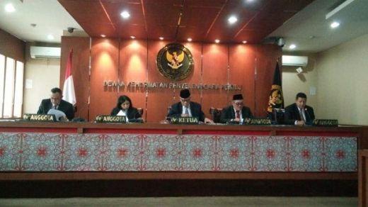 Langgar Kode Etik, DKPP Jatuhkan Sanksi ke Ketua KPU Kuansing Riau
