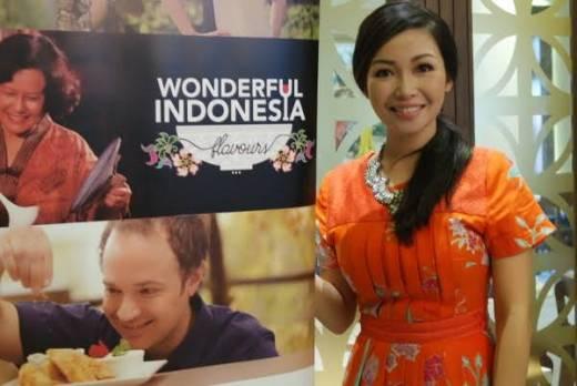 Pesona Kuliner Indonesia Menggoda Lidah Orang Se-Dunia di Asian Food Channel, Chef Marinka Masak Asam Padeh Baung